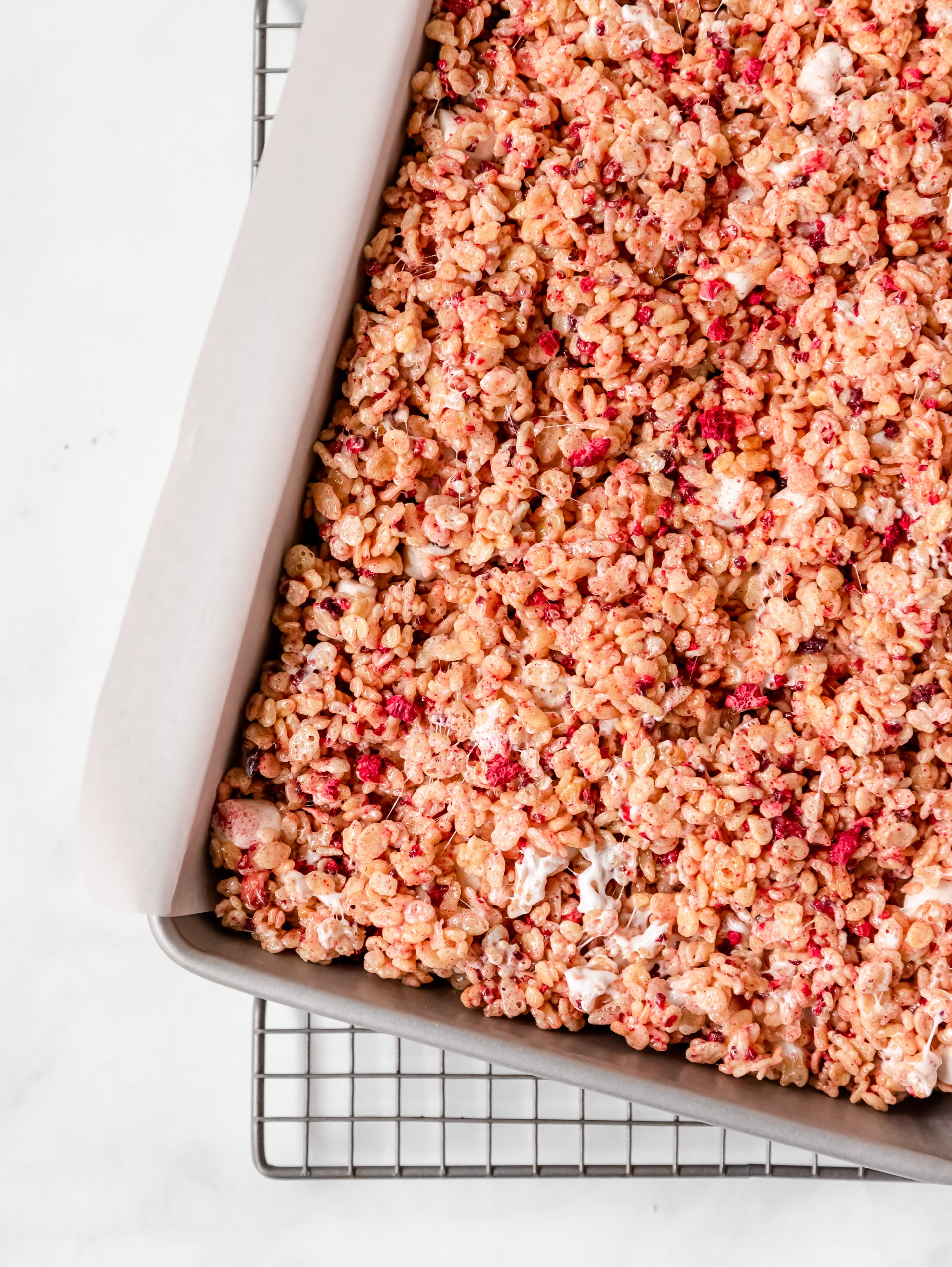 raspberry marshmallow treats