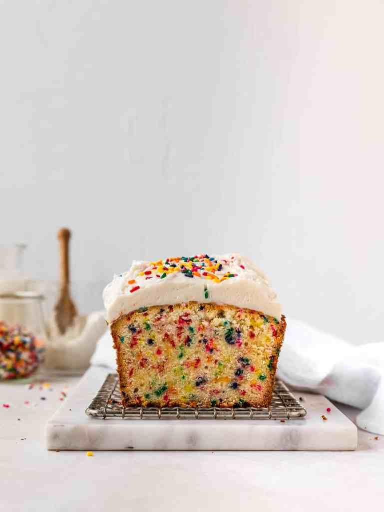 front shot of a vanilla funfetti cake