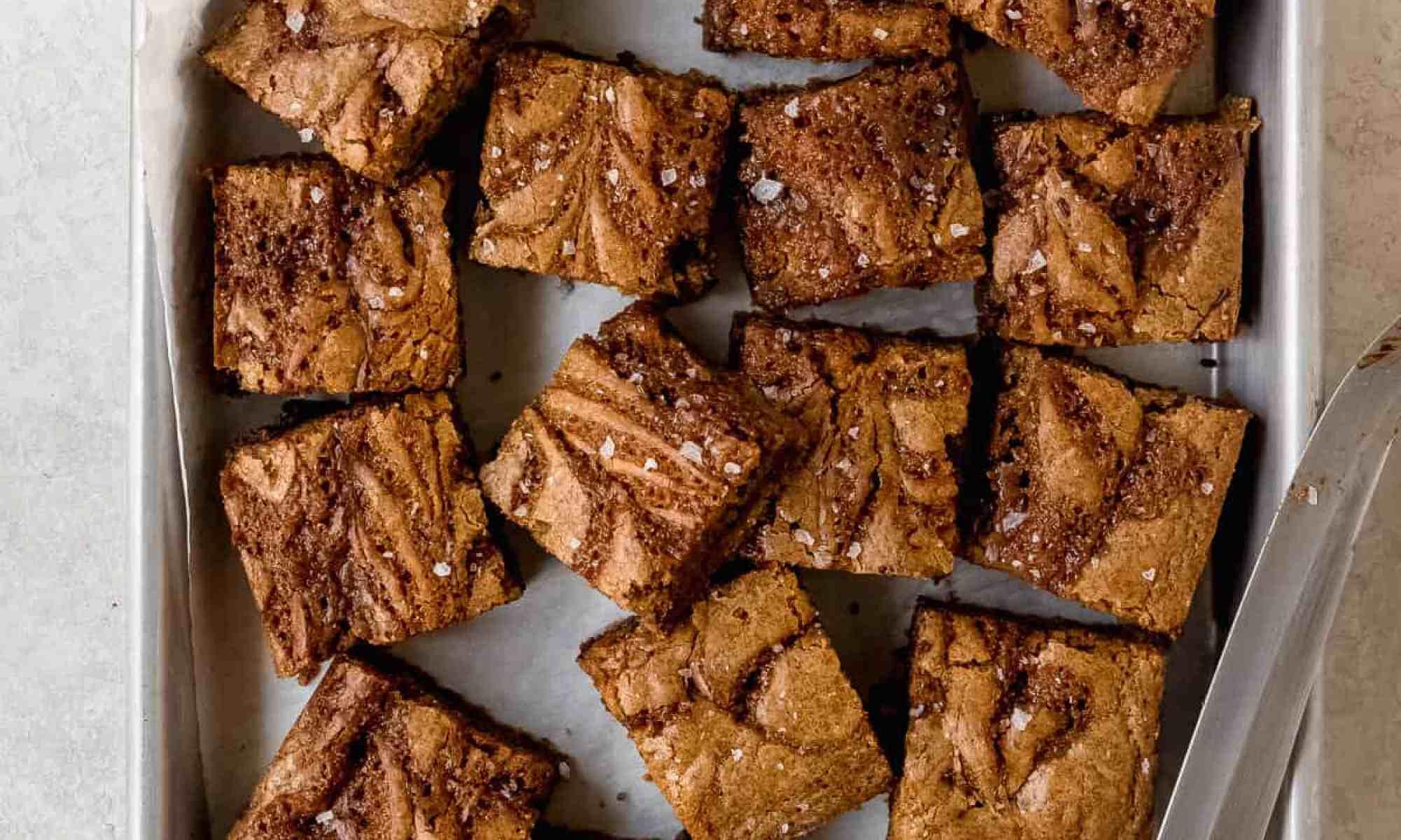 salted caramel rye blondies