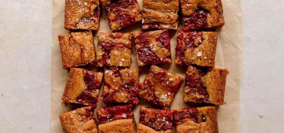 roasted strawberry jam blondies
