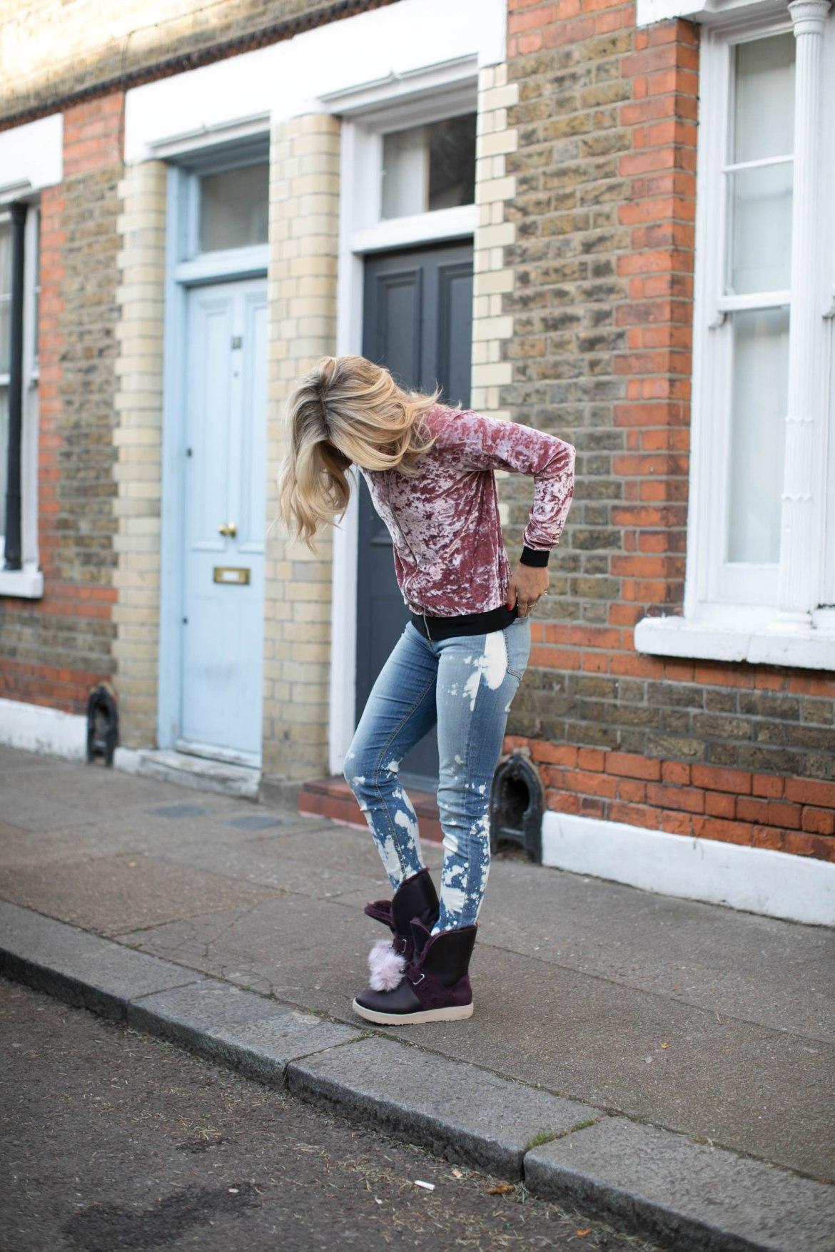 olivia cox, tv presenter, model, influencer, ugg, sheepskin boots, sheepskin, fblogger, street style, inspo, blogger