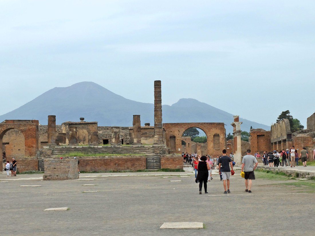 Olivia Leaves   Guide to Visiting Pompeii