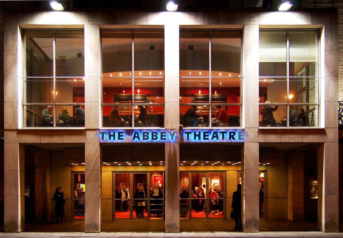 Olivia Leaves | Abbey Theatre