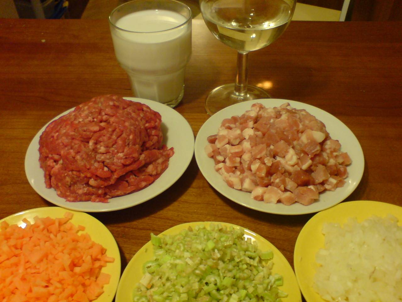ragu-alla-bolognese-ingredients