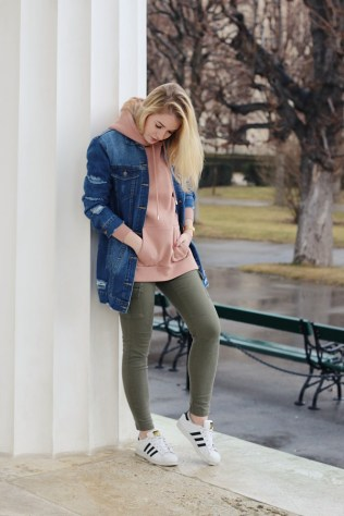 oliviasly_fashion_challenge_hoodie_ourfit_sweater_streetstyle5