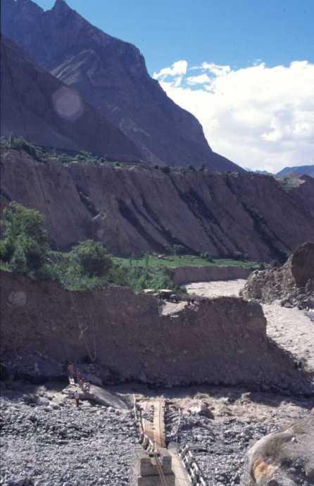 Pont écroulé près d'Askhole, le 5 août 1999