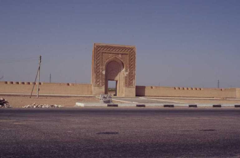 Le caravansérail de Malikrabat, le 25 août 2004