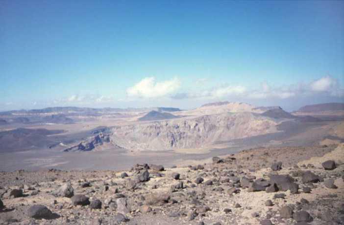 Vue du sommet de l'Émi Koussi (20 février 1998)