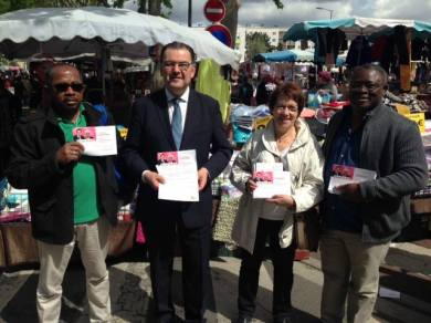 Distribution ce matin de ma lettre de candidature au marché du Mont-Mesly à Créteil