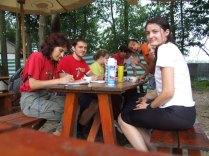 2011 briefing Aventura Parc avec l'équipe