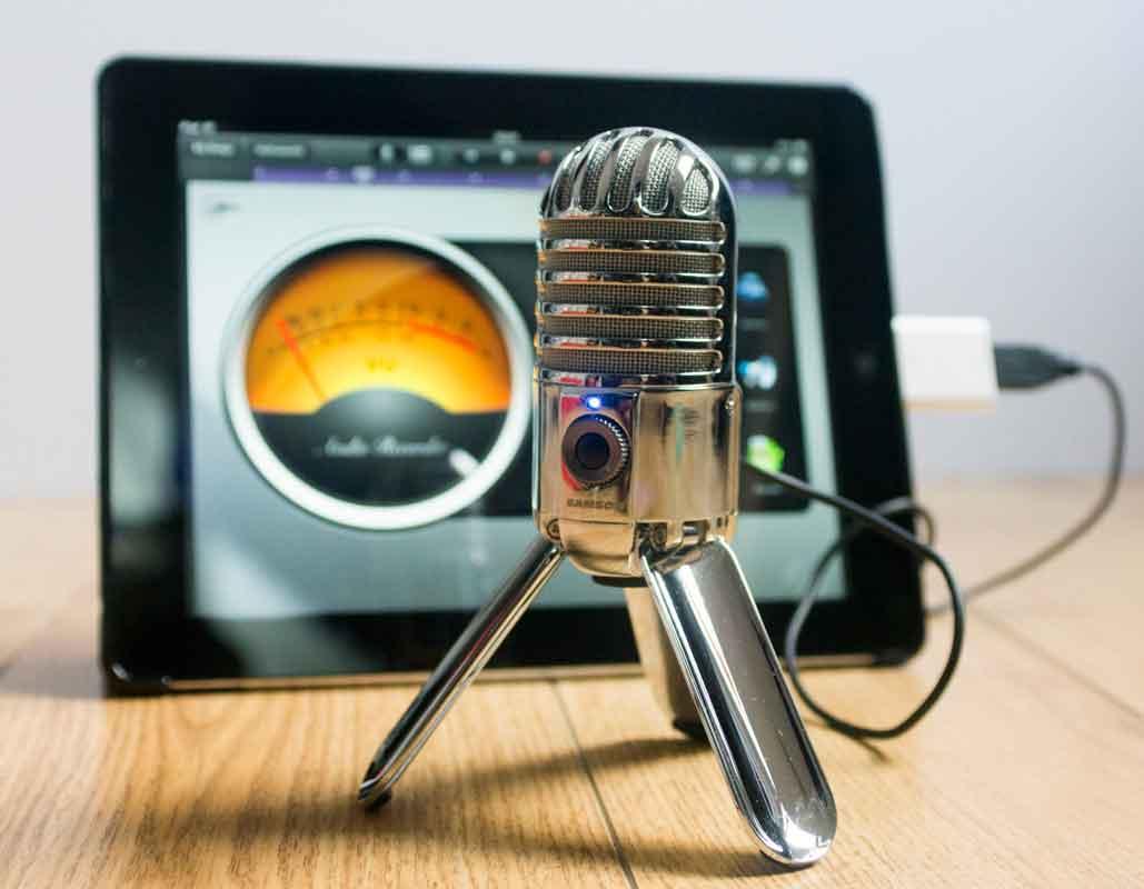 Samson Meteor mic + iPad - OlivierRebiere.com