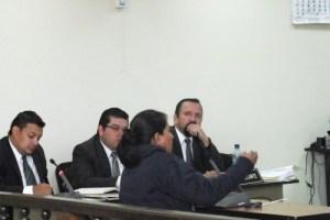 Dña. Blanca Julia en Audiencia Judicial. Huehuetenango. OI