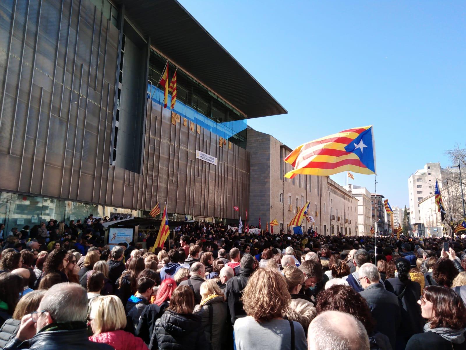 """O independentismo catalá toma fólego e avisa: """"Nen esquecimento, nen perdón"""""""