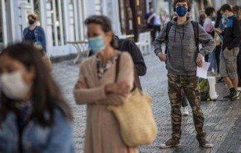 Choque entre governo espanhol e Comunidade de Madrid: Ayuso não segue recomendação da Saúde de fechar toda a capital espanhola