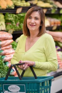 Lynne Wadsworth in the produce aisle