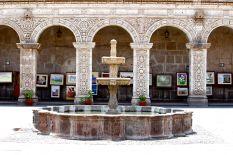 16 arequipa claustros fountain