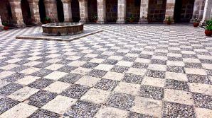 29 arequipa claustros floor