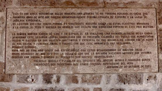 32 arequipa claustros plaque
