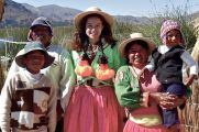 89 lake titicaca isla kantuta family