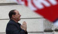 Είμαι αθώος διακηρύσσει ξανά προς οπαδούς και δικαστές ο Μπερλουσκόνι