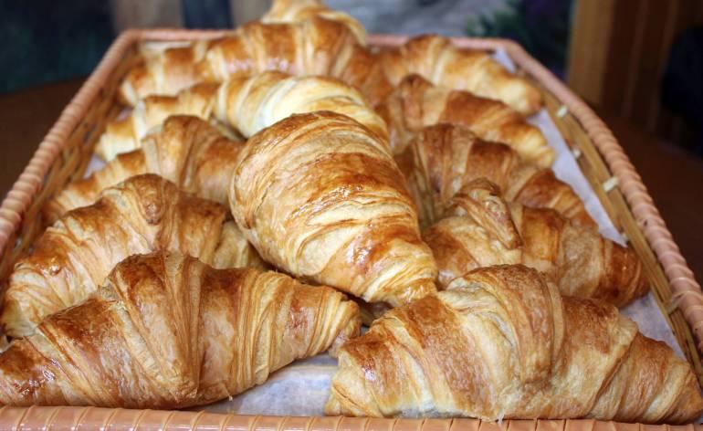 Croissants-La-Petite-France-West-Hartford-CT-0