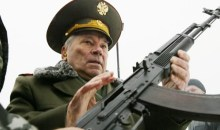 Πέθανε ο Μιχαήλ Καλάσνικοφ, σχεδιαστής του ομώνυμου διάσημου όπλου