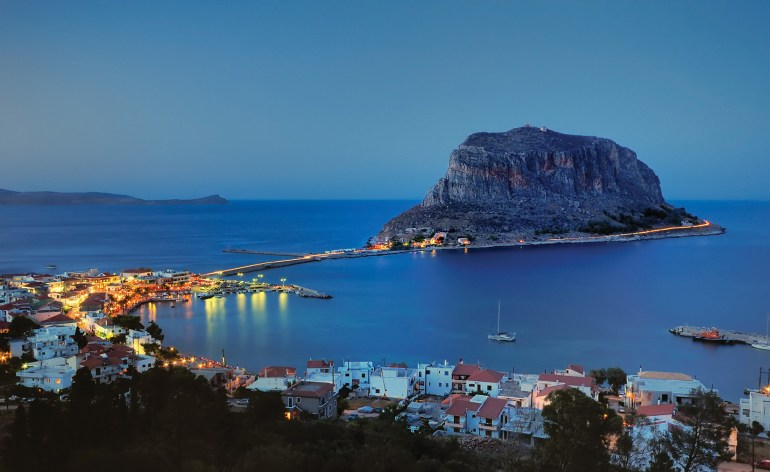 monemvasia10-flynews
