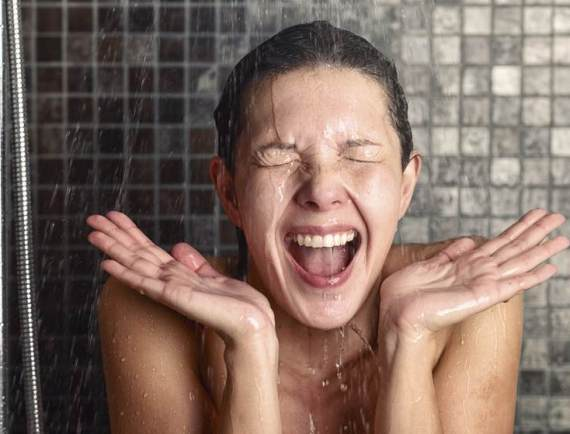woman-shower.jpg.838x0_q67_crop-smart.jpg.pagespeed.ce.PMNOnR4_X7