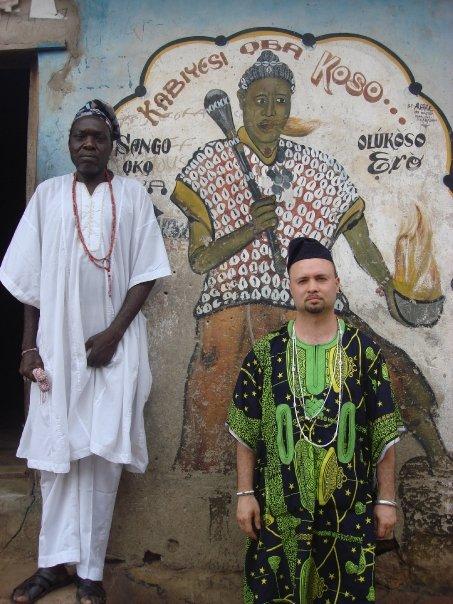 Claratorias Sobre La Tradicion Orisa de Tierra Yoruba y La Tradicion Orisa de Cuba Conocida Como La Santeria o El Lucumi: