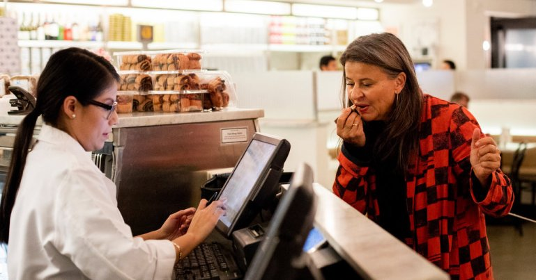 Encounters: Tracey Ullman Stocks Up on Lingerie Before a Date With Meryl Streep