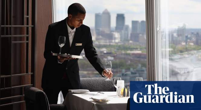 UK services growth hits seven-month low amid Brexit uncertainty