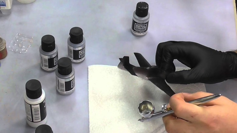Vallejo : Metal Color Airbrush Paints : Product Review