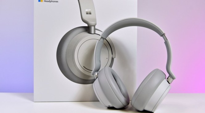 On this week's episode… October Update, Surface Headphones, and more