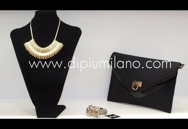 Open your own boutique of fashion, fashion accessories and shoes. Di Piu Milano