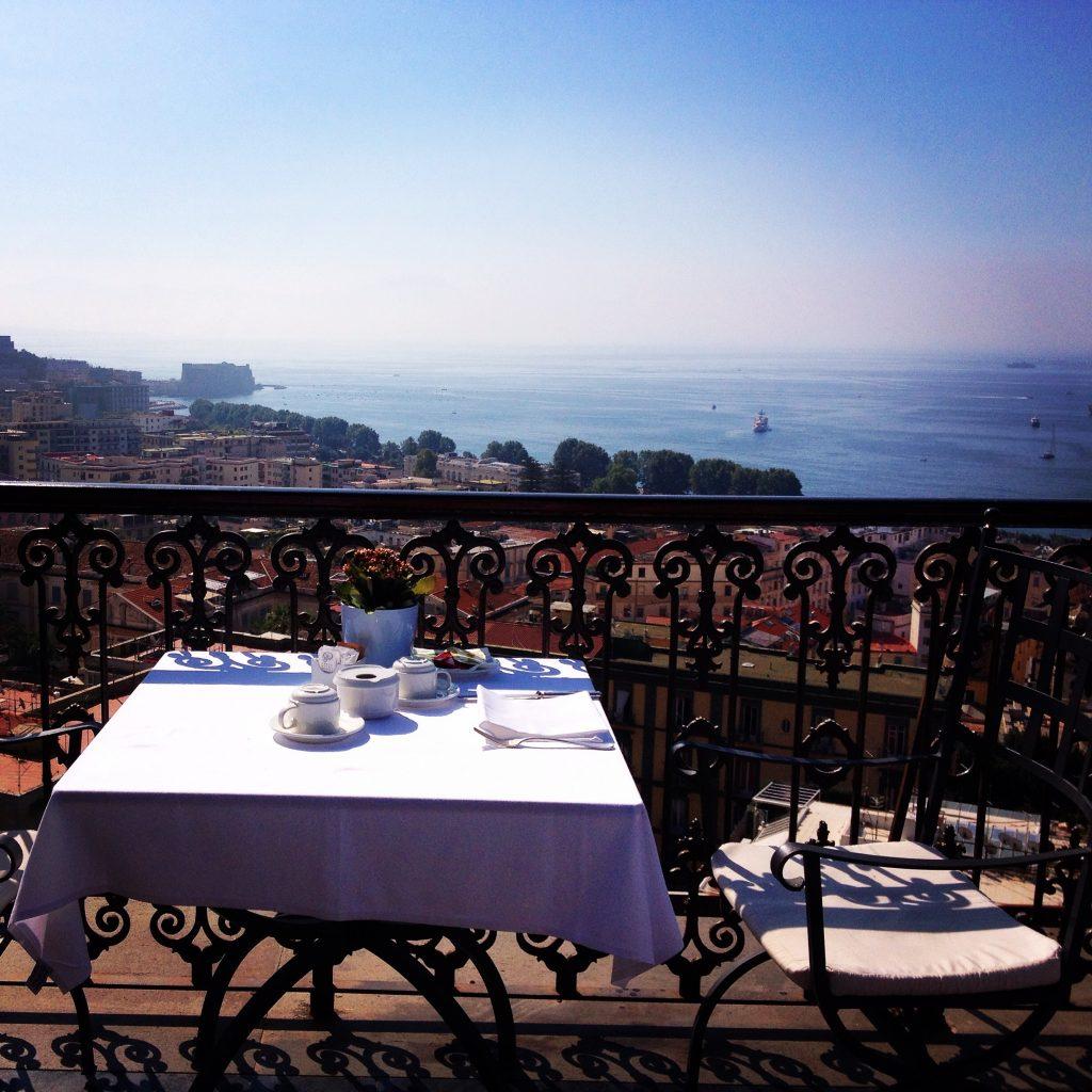 Napoli insolita 6 esperienze da vivere  oltreilbalcone