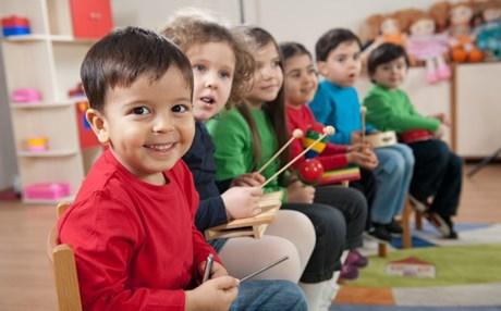Τα παιδιά δεν πρέπει να είναι άριστα στο σχολείο Πρέπει να είναι ευτυχισμένα