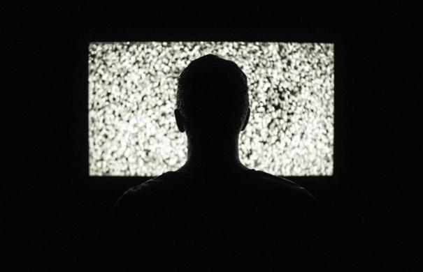 Η Ν.Δ. θέλει να συνεχιστεί το ίδιο καθεστώς ανομίας, ασυδοσίας και διαπλοκής στο τηλεοπτικό τοπίο @rania_sv
