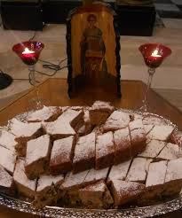 Παραδοσιακή συνταγή για Φανουρόπιτα με 9 υλικά οπως την εφτιαχναν οι γιαγιαδες μας