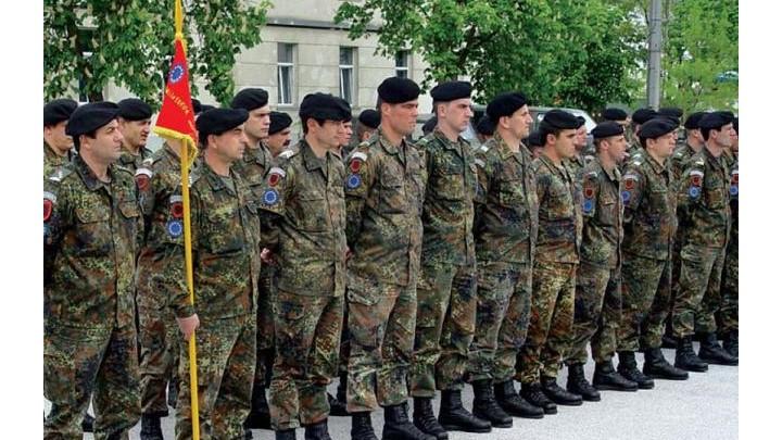 Die Welt Ισλαμιστές προσπαθούν να ενταχθούν στις γερμανικές ένοπλες δυνάμεις