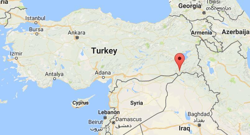 Οι επαναστάτες του #PKK ισοπέδωσαν κτήριο με Τούρκους Χωροφύλακες #Turkey #Cizre #police #checkpoint 9 #dead 64 #injured in #explosion #PKK #Kurdish #rebels blamed