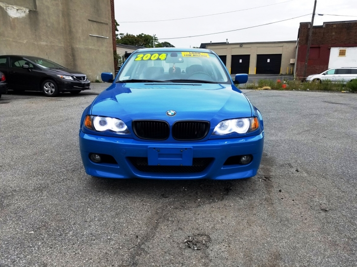 2004 BMW front view