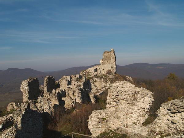Regéc Castle ruins