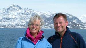 Fagredaktør Kristin Bøhle og marinbiolog Frank Emil Moen på havforskningsskipet G.O.Sars i mai 2013. Sammen stod de for formidlingen fra toktet til skoleklasser fra hele landet.