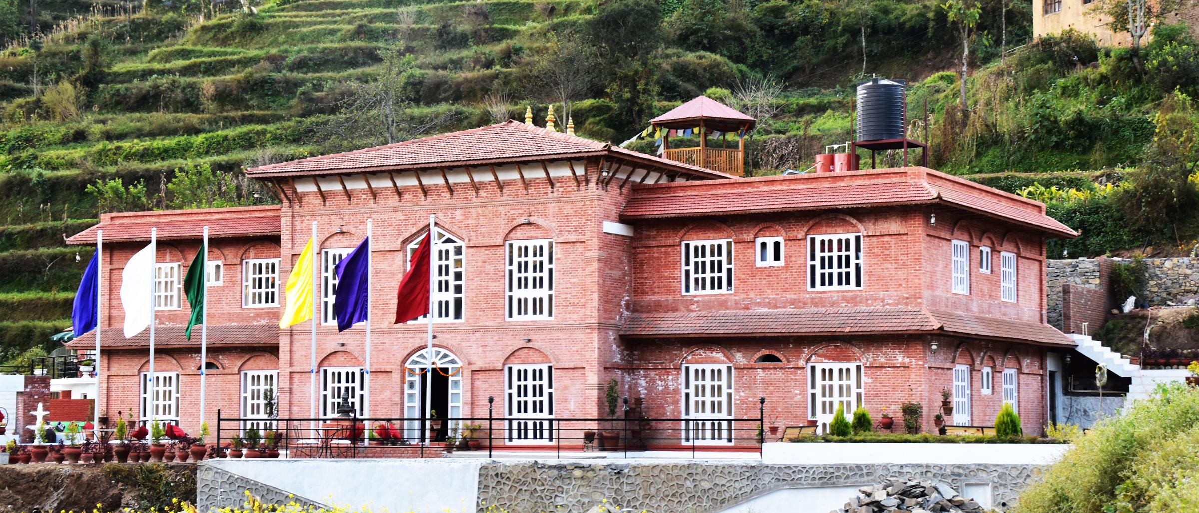 Adhyay Retreat Resort Beautiful Resort In Tistung