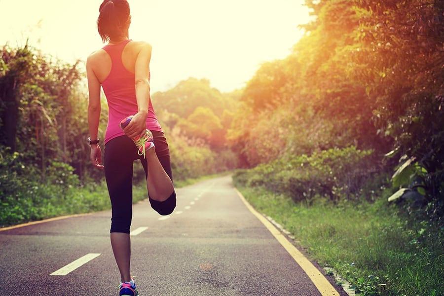 Savoir s'échauffer, c'est se mettre dans les meilleures dispositions physiques et mentales pour réaliser un effort intense à une allure dépassant le tempo du footing