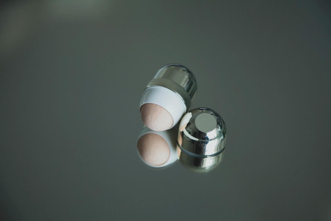 Volkanic Cosmetics : IMAGE 93B roller horizontal.