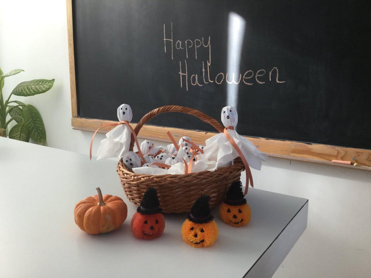Sucettes fantôme pour Halloween.