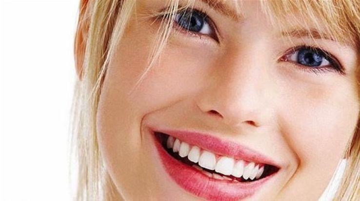 La solution pour avoir des dents blanches naturellement.