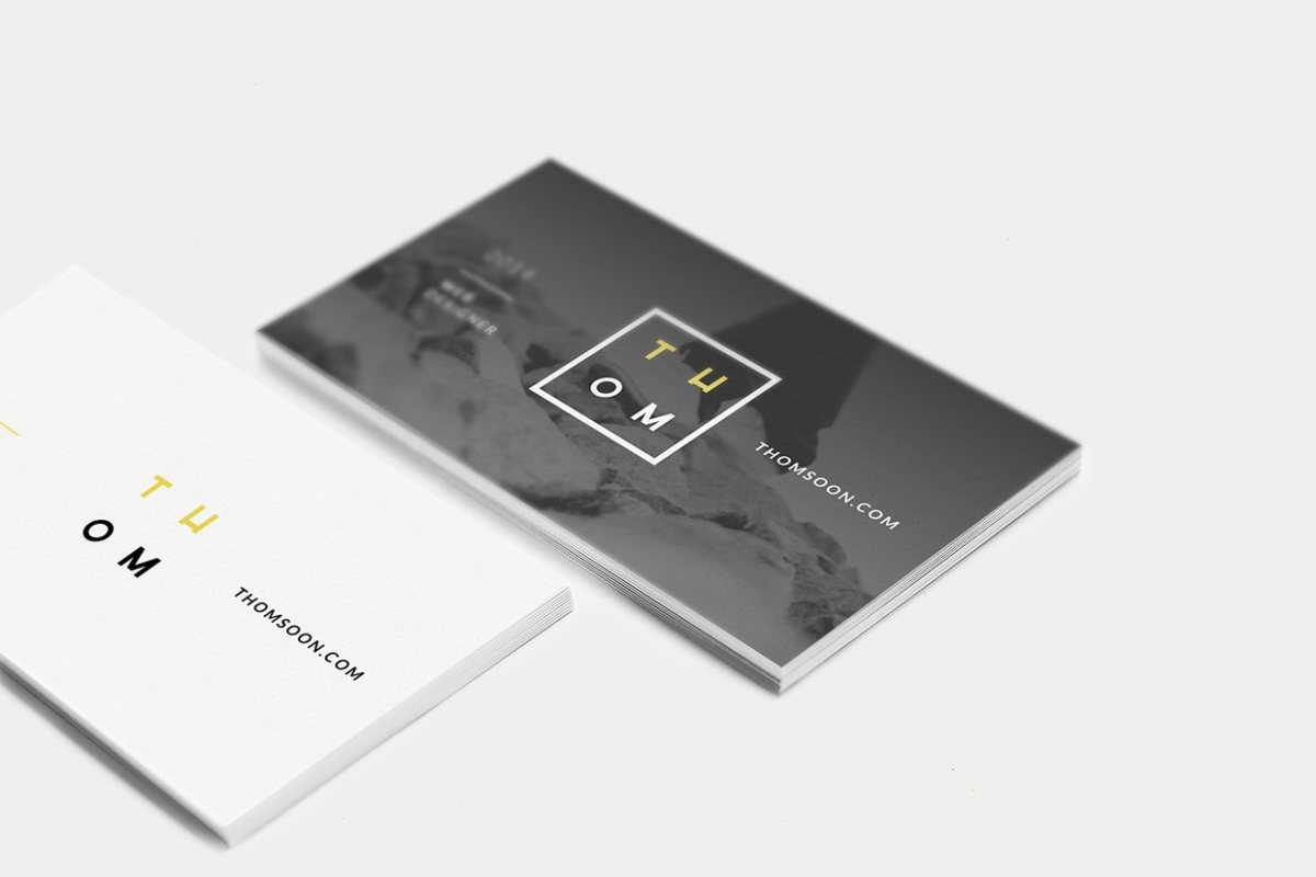 7+ Clean Business Card Mockups