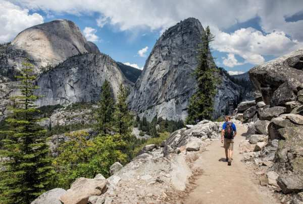 John Muir Trail (JMT). Photo by Earth Trekkers